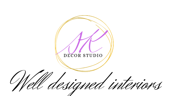 Silvia- Karounos - logo.png